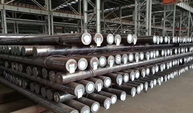 almacén de barras redondas de acero